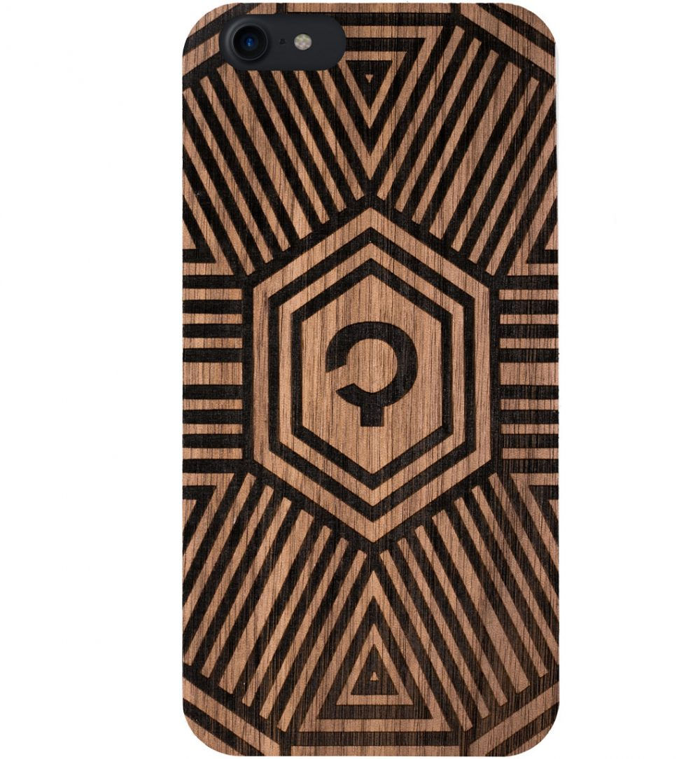 Wooden-case-iPhone7-Orzech-Geometrical