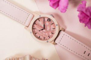 wooden watch flake rose