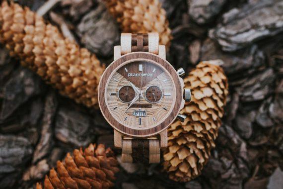 Drewniany-zegarek-Chronograph-Klon-Orzech_aranzacje_1