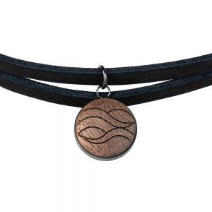 leather choker water