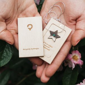wooden necklace star