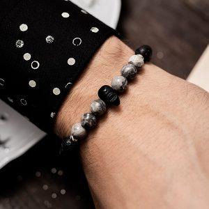 bracelet with skull beads
